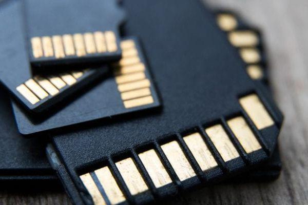 História a vývoj pamäťových kariet