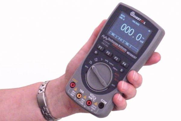 MDS8207 lacný multimeter / osciloskop v jednom