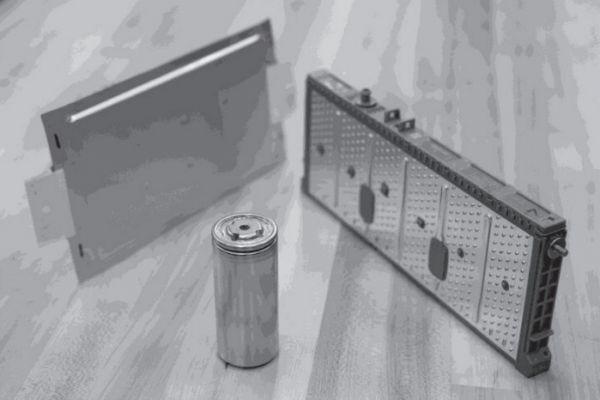 Vzostup Lítium-iónových batérií a tri hlavné tvarové faktory tejto batérie.