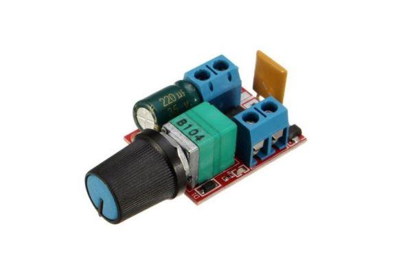 ZS-X4B PWM regulátor jednosmerných motorov